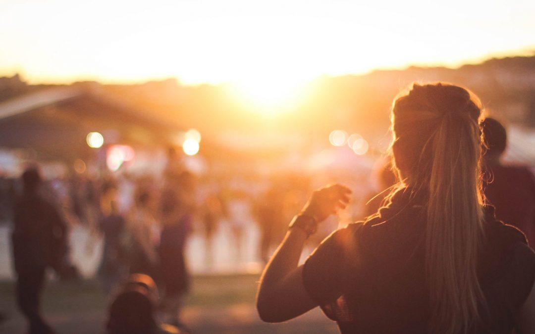 Hoogsensitief? Met deze tips kun je wel genieten van een festival of concert!