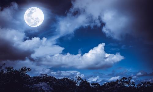 energie van de volle maan van 28 januari